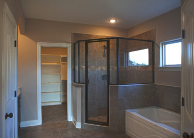 Lot 82 SR Master Bath